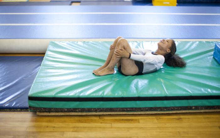 Gymnast_falling